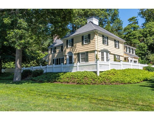 35 Sawyer Road, Wellesley, MA