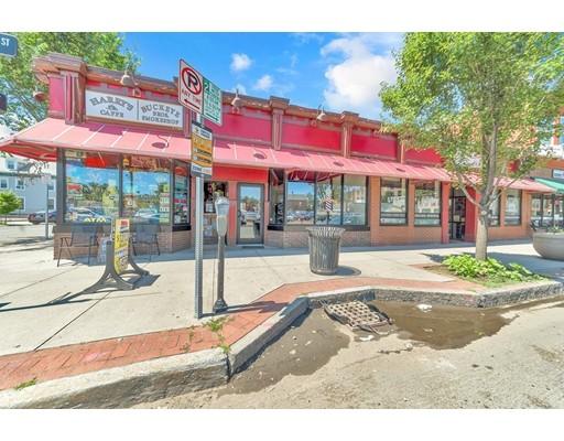 982 Main Street, Springfield, MA 01103