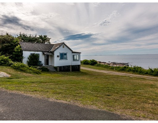 14 Sunset Point Road, Gloucester, MA