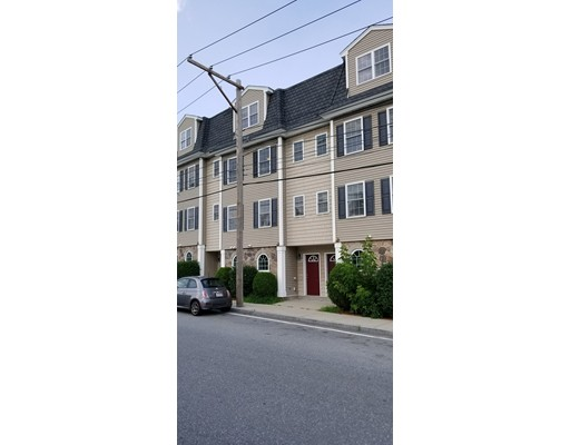 674 Gorham Street, Lowell, MA 01852
