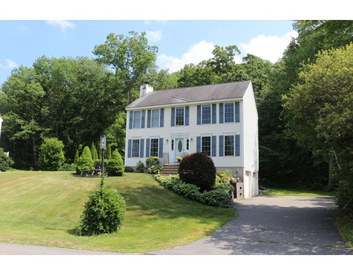 Photo of 23 Drew Woods Dr Derry NH 03038
