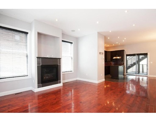 568 East BROADWAY, Boston, Ma 02127