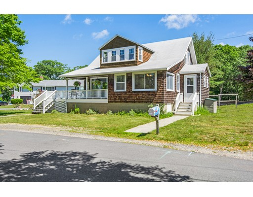 14 Starknaught Heights, Gloucester, MA 01930