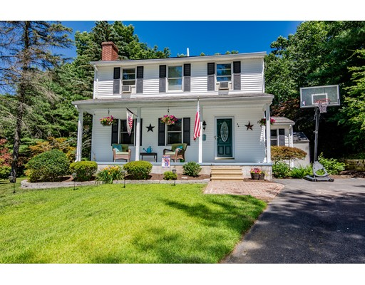 54 Canal Drive, Westfield, MA