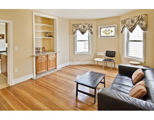 18 Chase Street, Boston, MA 02125