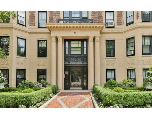 50 Commonwealth Avenue, Unit 302, Boston, MA 02116