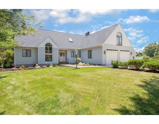56 Country Club Circle, Pembroke, MA
