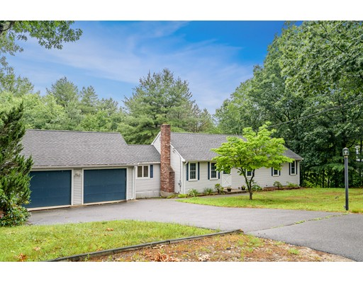 109 Richardson Road, Chelmsford, MA