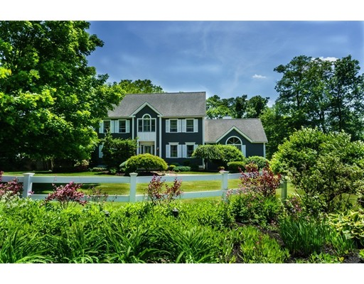 2 MANSFIELD Road, Middleton, MA