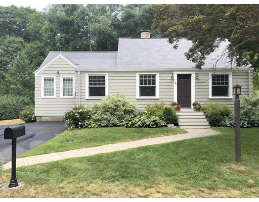4 Walnut Lane, Wenham, MA