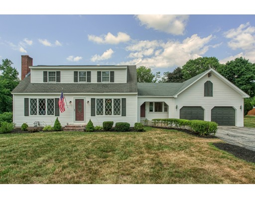3 Courtland Drive, Chelmsford, MA