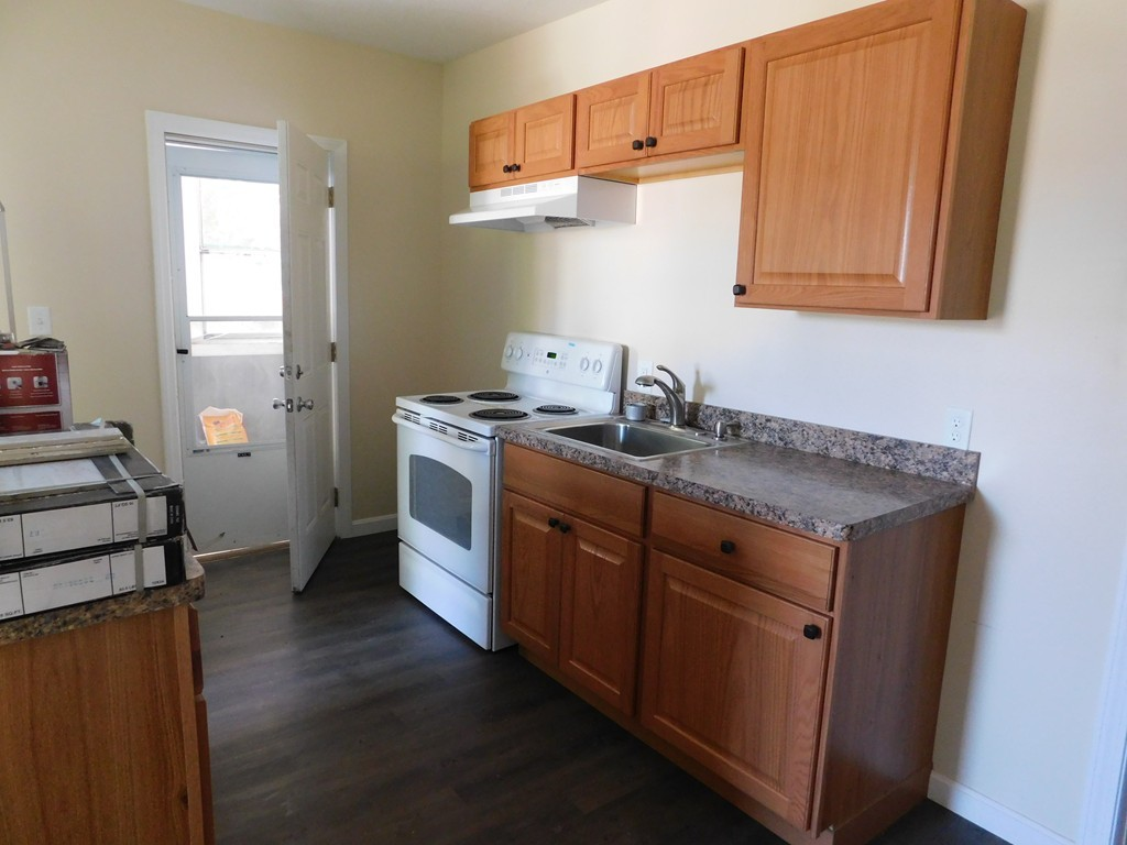 65 NORTH ST #D, WARE, MA 01082