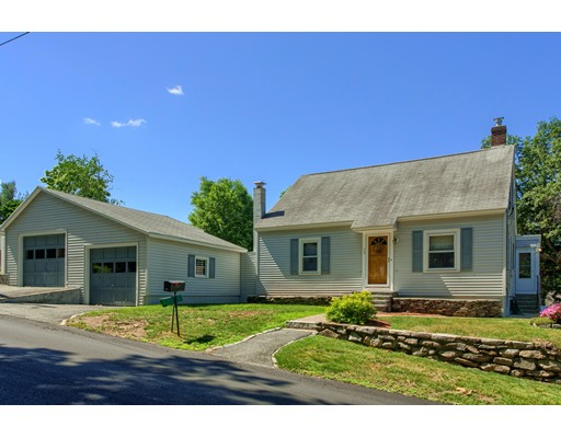 72 Youngs Road, Lunenburg, MA