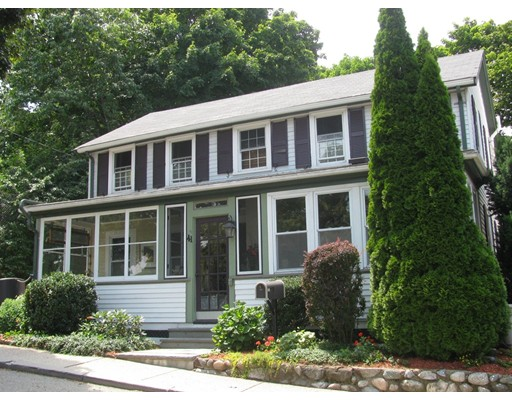 39 Keefe Avenue, Newton, MA 02464