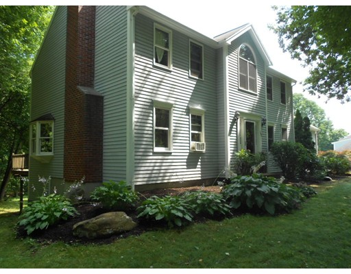 152 Kendall Hill Road, Sterling, MA