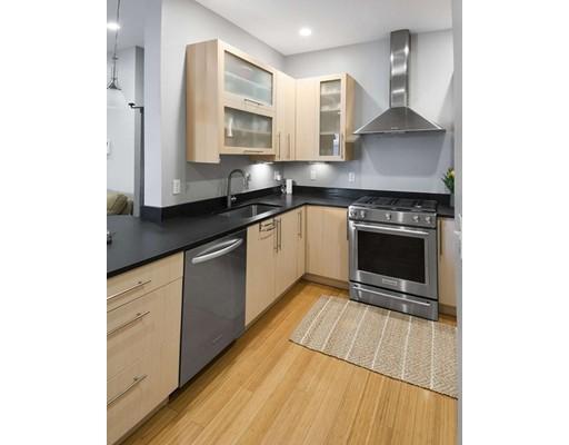 152 Old Colony Avenue, Boston, MA 02127