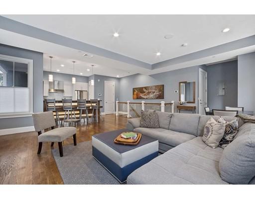 585 East 7th Street, Boston, MA 02127