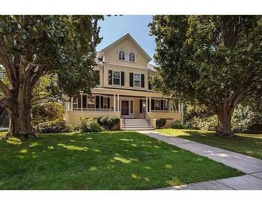 17 Lakeview Road, Winchester, Ma 01890