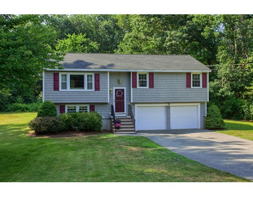 2 Green Meadow Drive, North Reading, MA