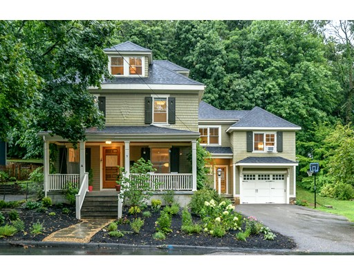 9 Avon Road, Wellesley, MA