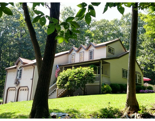 Cape Homes For Sale In Leicester Ma Verani Realty