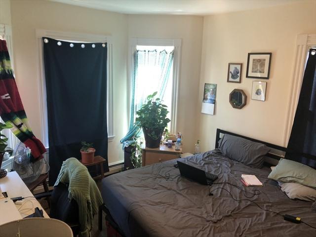106 Buttonwood Boston MA 02125