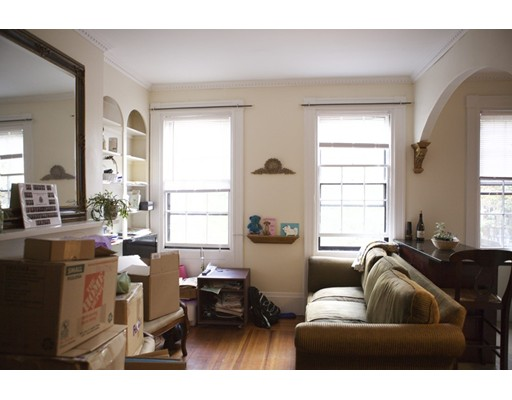 27 S Russell Street, Boston, MA 02114