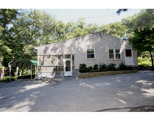 11 Edgewood Terrace, North Reading, MA