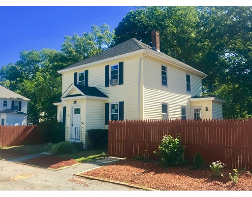 28 Pineview Avenue, Lowell, MA