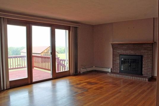168 Chestnut Plain Road, Whately, MA: $399,900