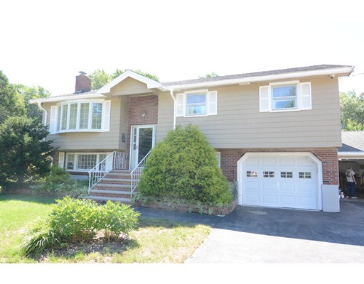 15 Lee Road, Woburn, MA