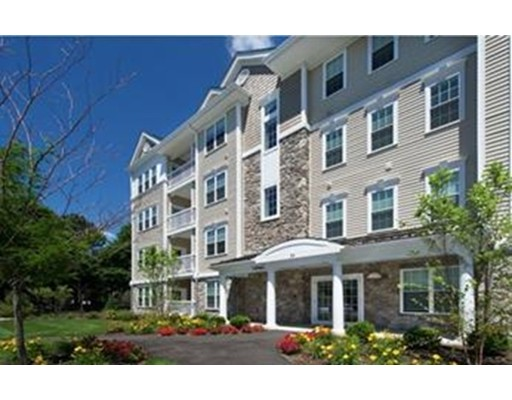 459 River Rd (unit 1206), Andover, MA 01810