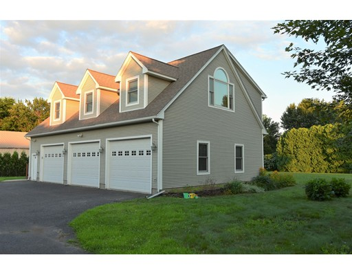 62 Dwight Street, Hatfield, MA