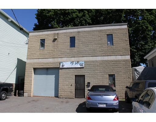 537 Broadway Street, Lowell, MA 01854