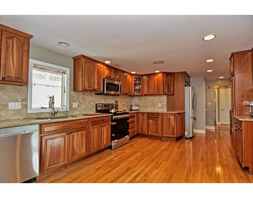 10 Buttonwood Road, Stoneham, MA