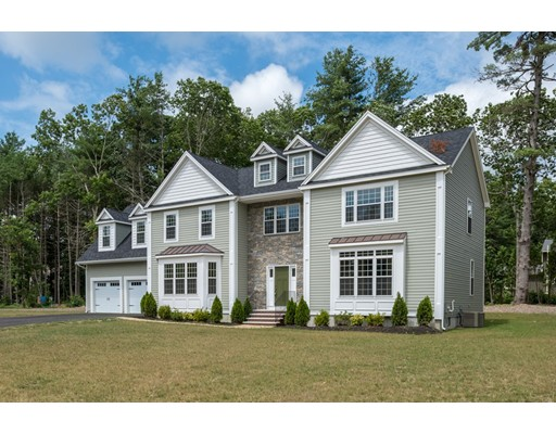 11 Wood Hollow, Hanover, MA