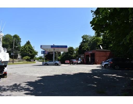 18 Topsfield Road, Ipswich, MA 01938