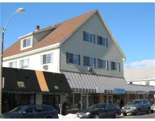 97 Chapel Street, Needham, MA 02492