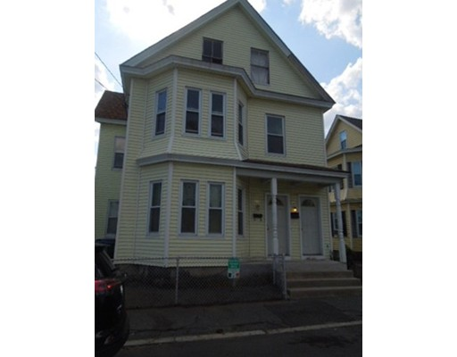 289-291 Concord Street, Lowell, MA 01852