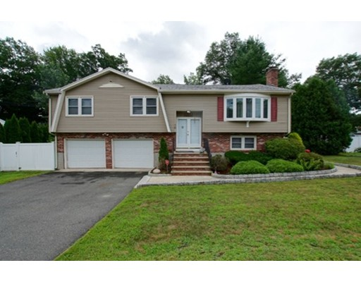 10 Old Colony Drive Wakefield MA 01880