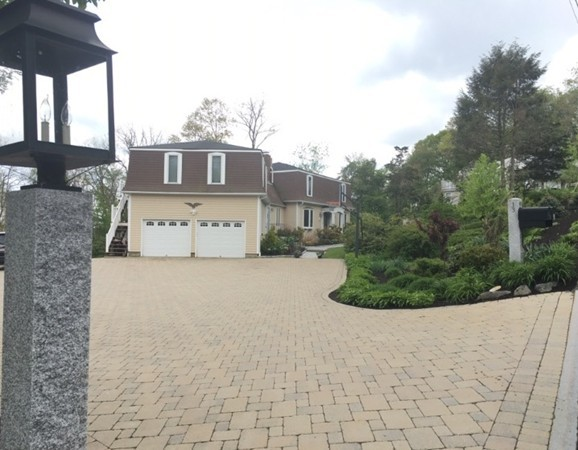 13 Burnham Road, Wenham, MA, 01984,  Home For Sale