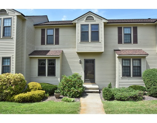 225 Apache Way, Tewksbury, MA 01876