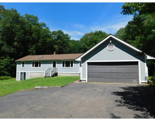 33 Bay Path Road, Charlton, MA