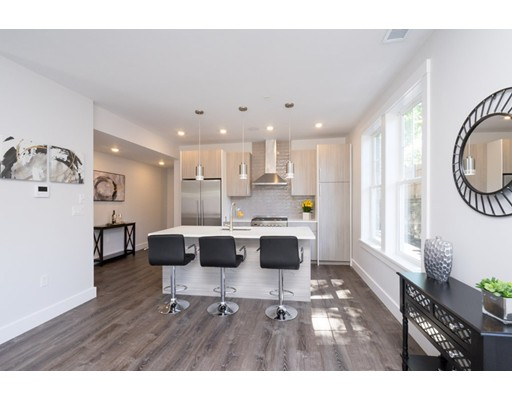 176 Humboldt Avenue, Unit 3, Boston, MA 02121