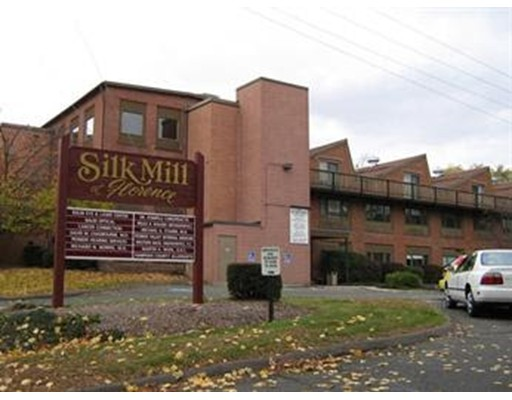 15 Straw Avenue, Northampton, MA 01062