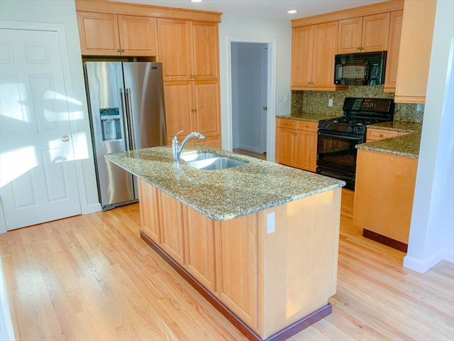 140 North St, Medfield, MA, 02052, Norfolk Home For Sale