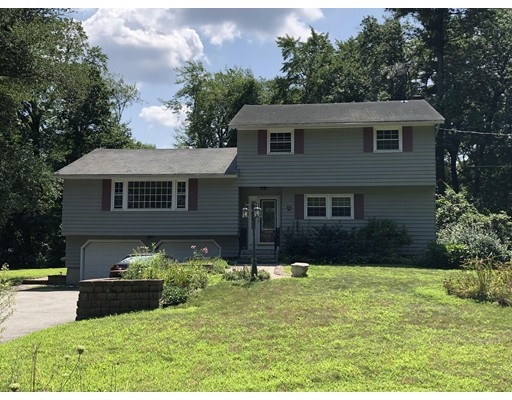 9 Maplewood Road, Tewksbury, MA