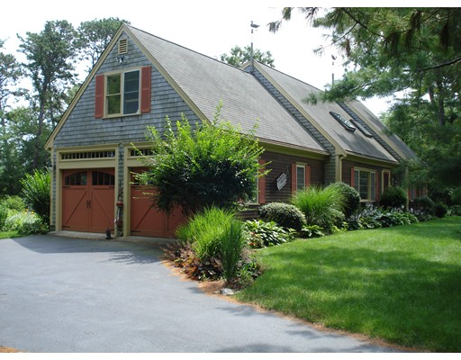 100 Little Pond Road, Barnstable, MA