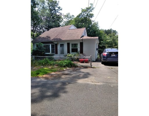 32 Edgewood Road Holbrook MA 02343