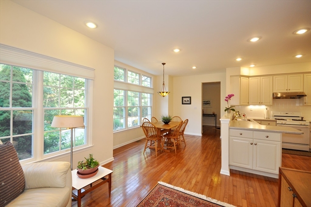 10 Chestnut Lane, Bedford, MA, 01730, Middlesex Home For Sale